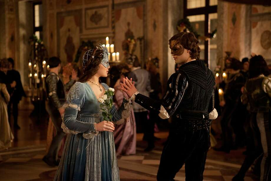 Hailee Steinfeld and Douglas Booth star in ÒROMEO & JULIETÓ. Photo: Philippe Antonello, Relativity Media