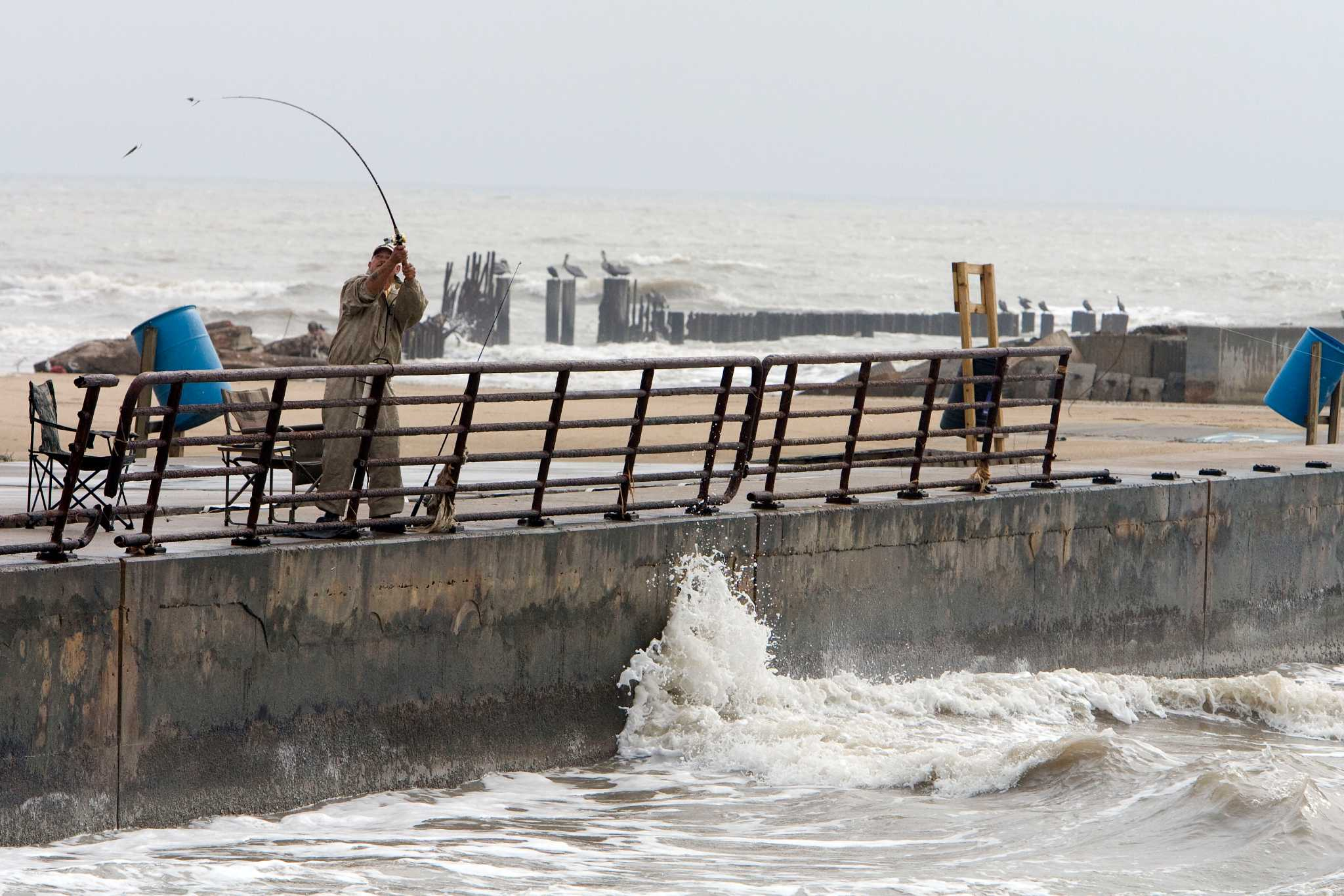 Leaders sign off on plan to close rollover pass houston for Rollover pass fishing report