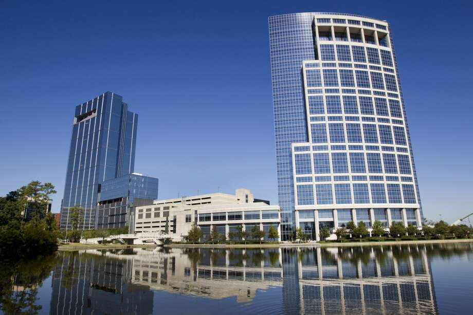 Anadarko's new Hackett Tower, at 1201 Lake Robbins Drive in The Woodlands, is shown on the left. Allison Tower is on the right. Photo: Brett Coomer, Houston Chronicle