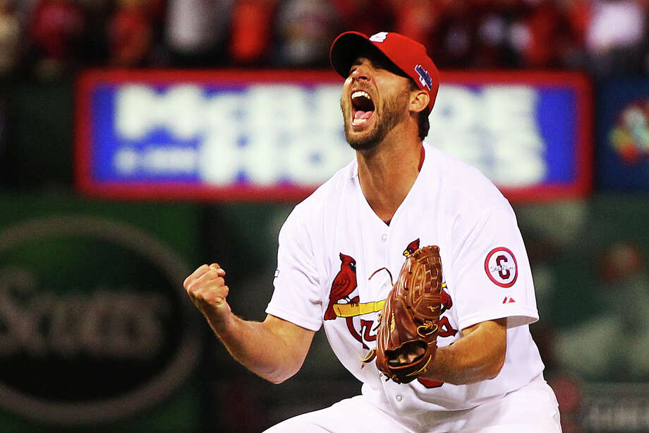 Adam Wainwright puts an exclamation point on the series after throwing an eight-hitter to send the Cardinals to the NLCS against the Dodgers. Photo: Dilip Vishwanat, Stringer / 2013 Getty Images