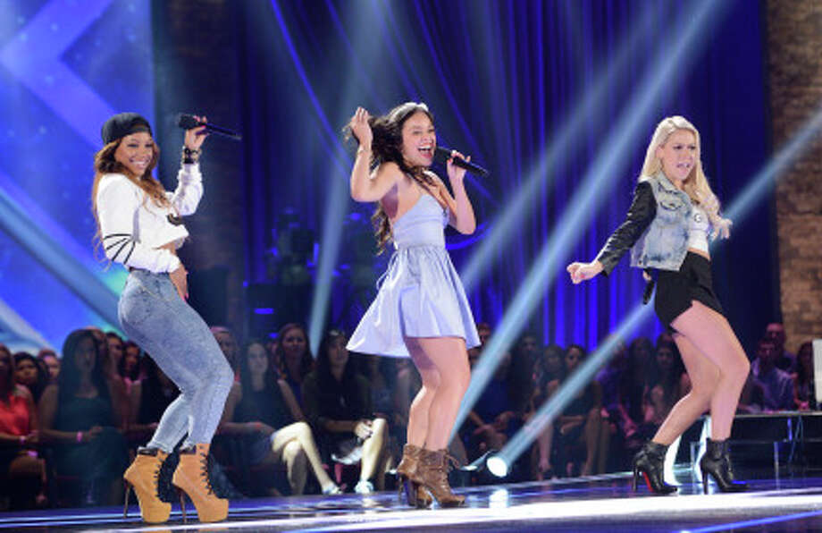 THE X FACTOR: FOUR CHAIR CHALLENGE: Girls United performs at the FOUR CHAIR CHALLENGE on THE X FACTOR airing Wednesday, Oct. 9 (8:00-10:00 PM ET/PT) on FOX.  CR: Michael Becker / FOX. © Copyright 2013 FOX Braodcasting. / 1
