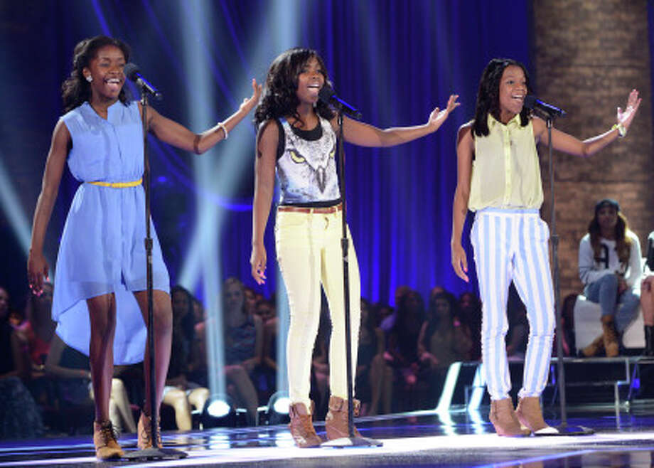 THE X FACTOR: FOUR CHAIR CHALLENGE: Glamour performs at the FOUR CHAIR CHALLENGE on THE X FACTOR airing Wednesday, Oct. 9 (8:00-10:00 PM ET/PT) on FOX.  CR: Michael Becker / FOX. © Copyright 2013 FOX Braodcasting. / 1