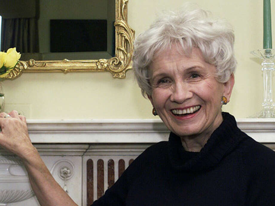 FILE - Canadian author Alice Munro poses for a photograph at the Canadian Consulate's residence in New York in this Oct. 28, 2002 file photo. Munro was Thursday Oct 10 2013 been named as 2013 Nobel laureate  for literature in an an announcement made in Stockholm, Sweden. Photo: PAUL HAWTHORNE, AP / AP