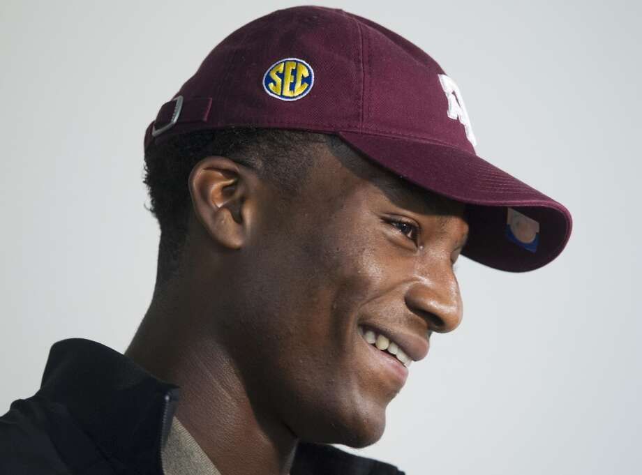 Seals-Jones eventually decided to play at Texas A&M and hopefully people are no longer so upset that they would threaten his life about his decision. Photo: J. Patric Schneider, For The Chronicle