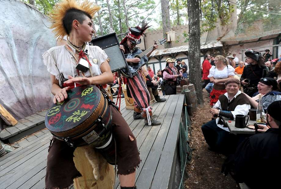 The Pride O' Bedlam performs at The Sea Devil Tavern at the Texas Renaissance Festival, Saturday, October 8, 2011. Tammy McKinley/The Enterprise Photo: Beaumont Enterprise