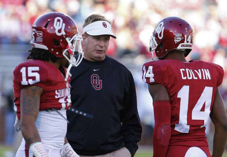 Oklahoma defensive coordinator Mike Stoops has led the unit to a dramatic turnaround after its struggles a season ago. Photo: Alonzo Adams / Associated Press