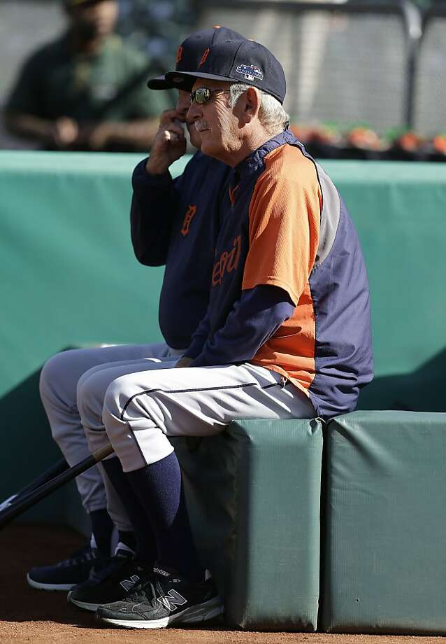 CORRECTS TO AL BASEBALL DIVISION SERIES NOT AL BASEBALL CHAMPIONSHIP SERIES  - Detroit Tigers manager Jim Leyland watches as players warm up before Game 5 of an AL baseball division series against the Oakland Athletics in Oakland, Calif., Thursday, Oct. 10, 2013. (AP Photo/Ben Margot) Photo: Ben Margot, Associated Press