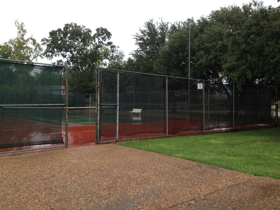 Fences and courts are planned to be torn down and replaced. Photo: Katherine Feser, Houston Chronicle