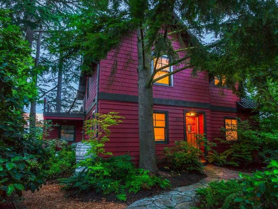 Front of 9103 Fauntleroy Way S.W. It's listed for $1.325 million. Photo: Courtesy Cassie Daughtrey And Jason Gibbons, Realogics Sotheby's International Realty
