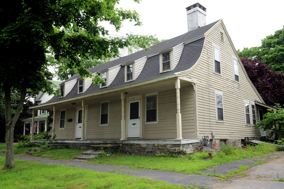 The Sanford/Bristol House at 111-113 North Street, in Milford, Conn., that dates to the late 1700s might get a stay of execution. Slated for demolition, the Milford Preservation Trust has slapped it with a restraining order. Photo: Ned Gerard / Connecticut Post