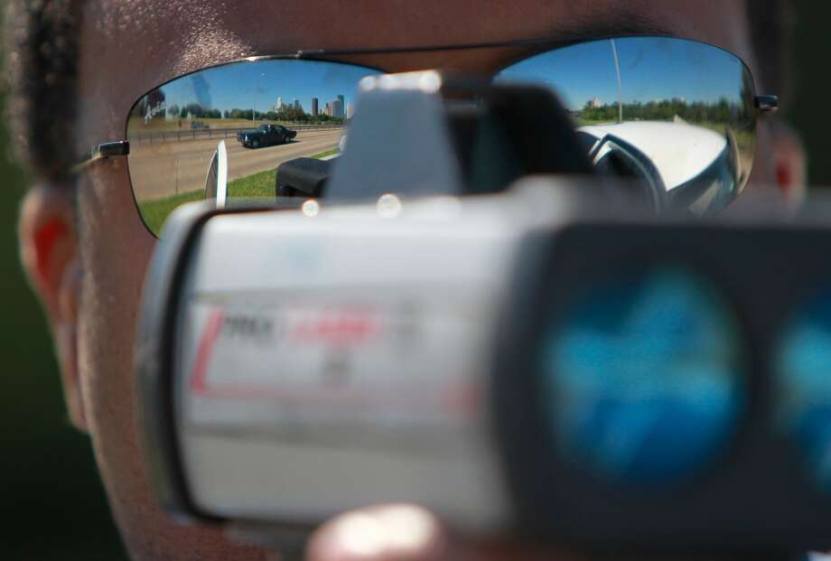 These are some of our readers' most hated speed traps. Photo: Mayra Beltran, Houston Chronicle