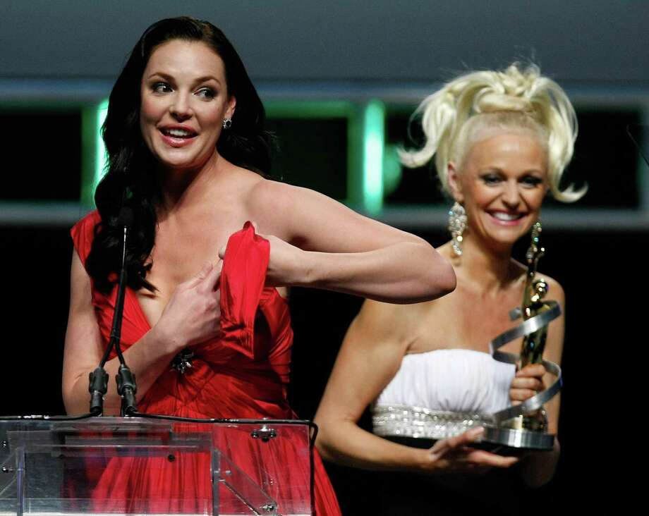 "Actress Katherine Heigl's dress broke while accepting the ""Female Star of the Year Award"" at the ShoWest awards ceremony. Photo: Ethan Miller, Getty Images / 2010 Getty Images"
