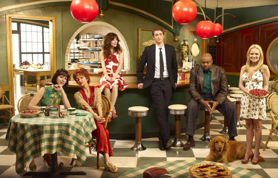 "Just thinking of ""Pushing Daisies"" makes us hungry for pie. Photo: BOB D'AMICO, © 2007 American Broadcasting Com"