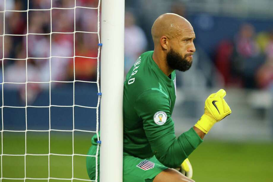 KANSAS CITY, KS - OCTOBER 11:  Tim Howard #1 of the U.S. Men's National Soccer Team directs teammates as they setup for a free kick by Jamaica late in the first half at Sporting Park on October 11, 2013 in Kansas City, Kansas. Photo: Kyle Rivas, Getty Images / 2013 Getty Images