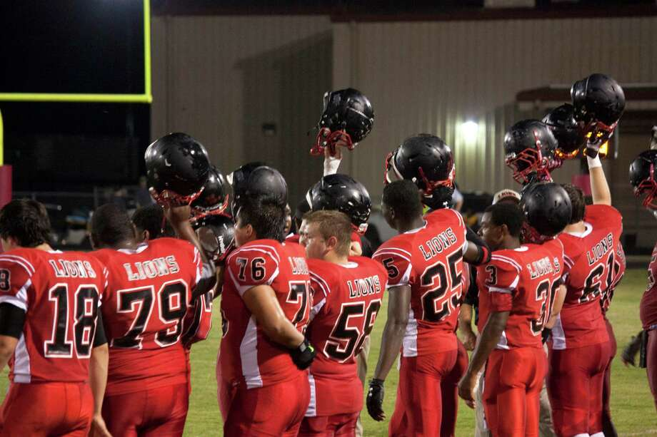 Kountze Homecoming game against Warren Photo: Tim Monzingo