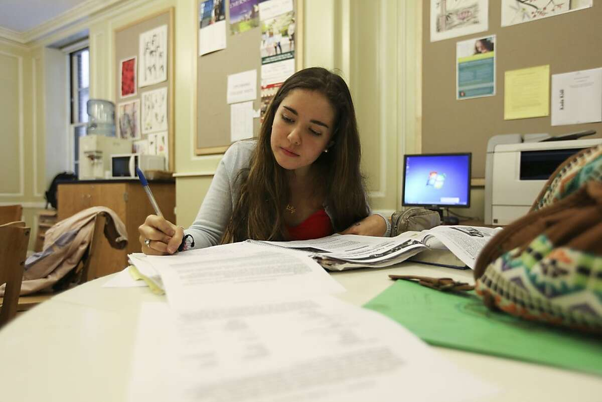 Why are school application processes so byzantine? (Hiroko Masuike/The New York Times)
