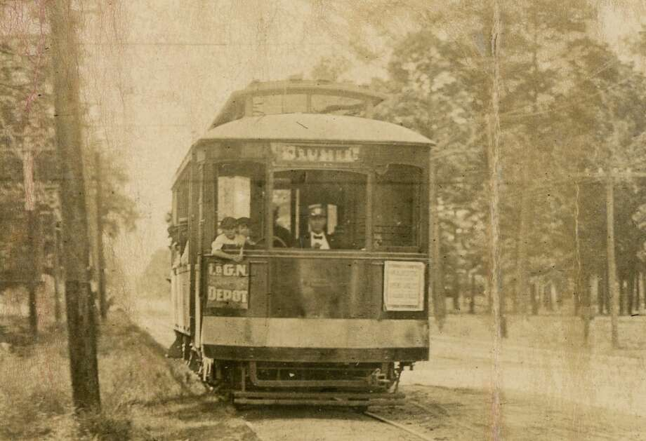 Eastbound streetcar on Harrisburg. Photo: Chronicle File