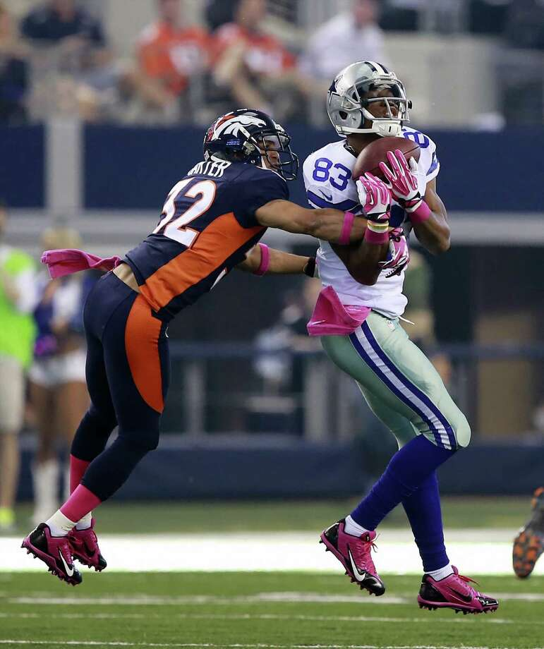 Terrance Williams, going against Denver's Tony Carter, says he won't get caught up in a reunion with his college QB Robert Griffin III. Photo: Jose Yau / Waco Tribune-Herald