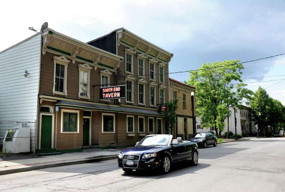 Troy's South End Tavern has closed along with some of its neighboring businesses. Downtown may be thriving, but such closings don?t speak to a citywide revival, The Advocate says. (Cindy Schultz / Times Union) Photo: Cindy Schultz / 10022823A