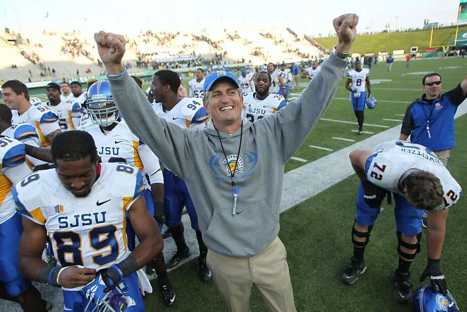 San Jose State coach Ron Caragher celebrates after a conference win over the Colorado State Rams in Fort Collins. Photo: David Zalubowski, Associated Press