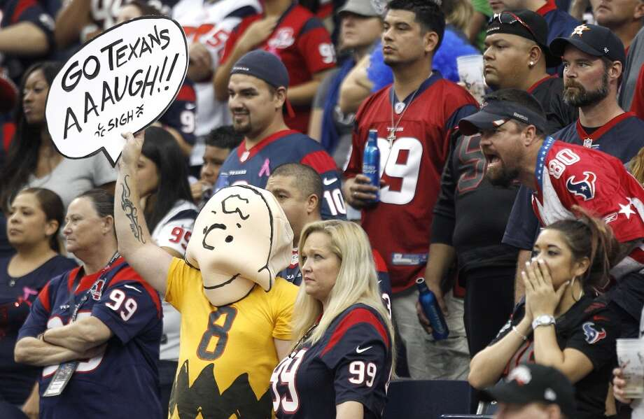 A fan wears a Charlie Brown costume, showing his dismay to the Texans play during the fourth quarter. Photo: Brett Coomer, Houston Chronicle