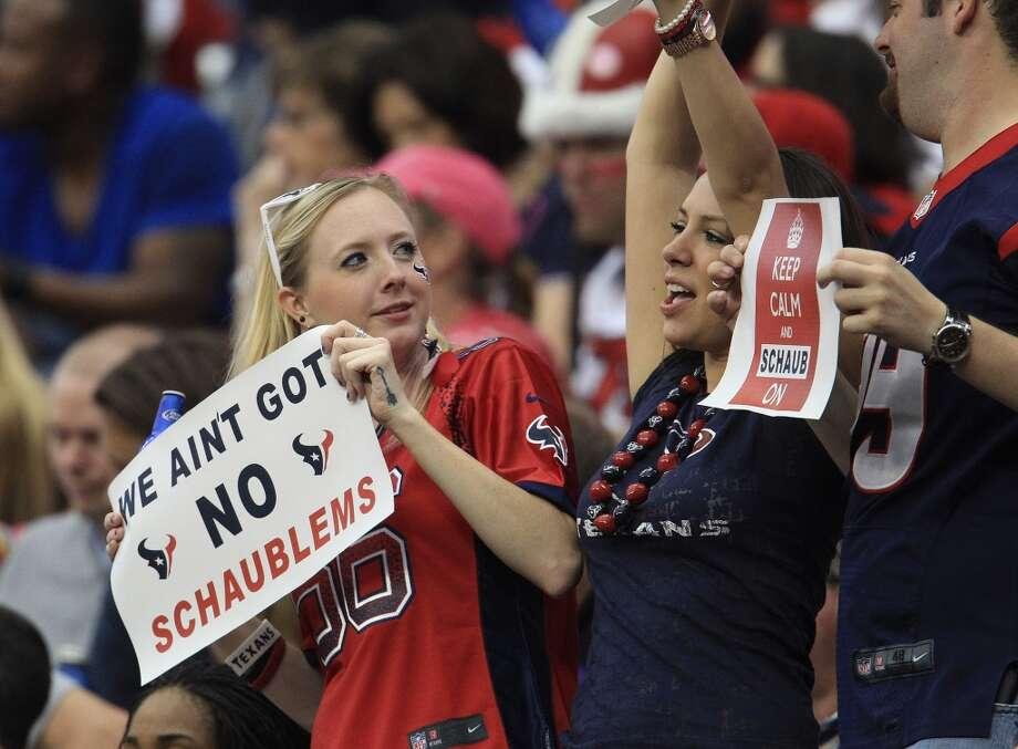 Texans fans during the second quarter. Photo: Karen Warren , Houston Chronicle
