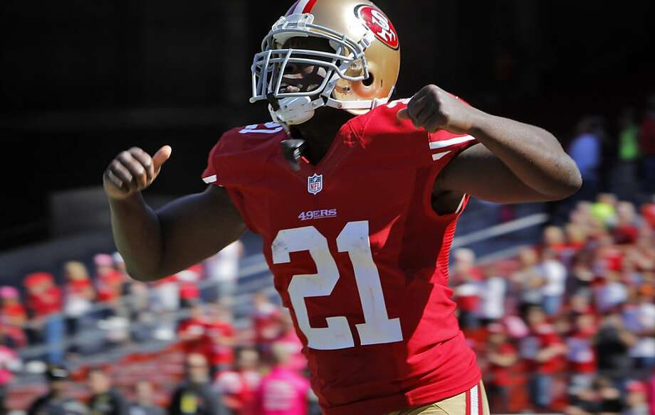 At age 30, Frank Gore ranks among the leaders in rushing yards, rushing touchdowns and runs of 20-plus yards, and his blocking has been brilliant. Photo: Carlos Avila Gonzalez, The Chronicle
