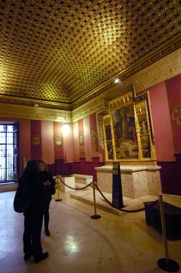 The chapel inside the Alcazar's La Casa de Contrataci—n (House of Trade) is where Columbus met with Ferdinand and Isabella after his second voyage to the Americas. Photo: Spud Hilton, The Chronicle