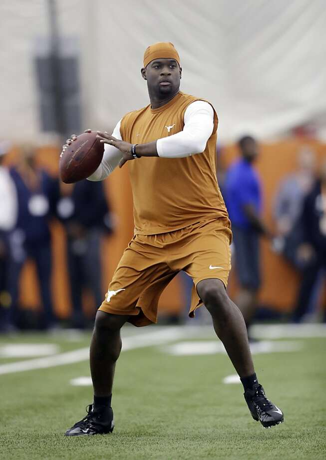 Vince Young Photo: Eric Gay, Associated Press