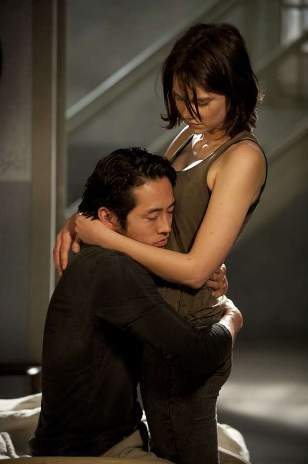 Glenn (Steven Yeun) and Maggie Greene (Lauren Cohan) - The Walking Dead - Season 4, Episode 1 - Photo Credit: Gene Page/AMC