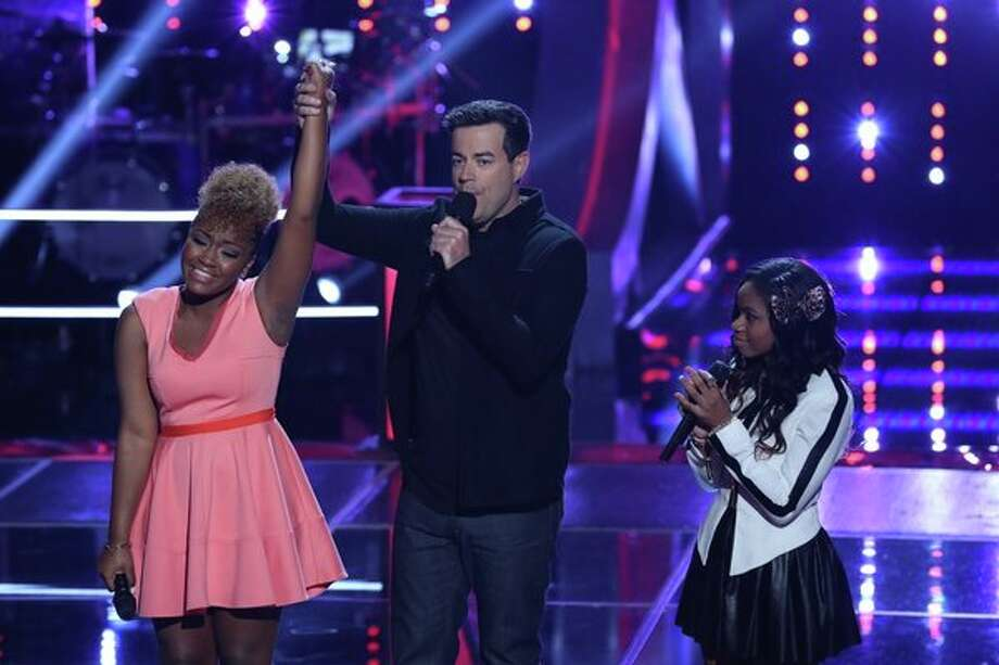 "THE VOICE -- ""Battle Rounds"" Episode 507 -- Pictured: (l-r) Amber Nicole, Carson Daly, Timyra-Joi Beatty -- (Photo by: Justin Lubin/NBC) Photo: Justin Lubin/NBC / 2013 NBCUniversal Media, LLC"