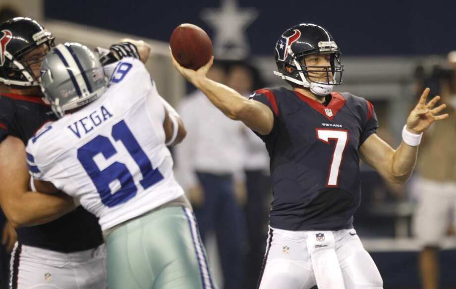 Case Keenum attempts a pass during a Texans' preseason game against the Cowboys. Photo: Brett Coomer, Houston Chronicle
