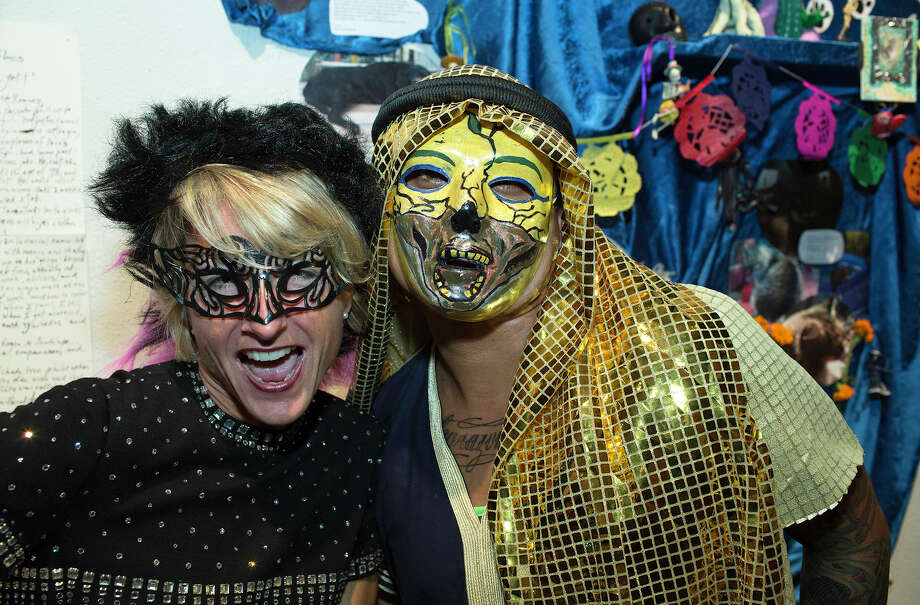 From the left, Juliet Wiersema and R. L. at Rene Roberts' 3rd Annual Dia De Los Muertos Ball benefiting SA Gay and Lesbian Center and Sacred Heart Food Pantry at Jump-Start Theater, Saturday, November 3, 2012 Photo: J. MICHAEL SHORT, FOR THE EXPRESS-NEWS / SAN ANTONIO EXPRESS-NEWS