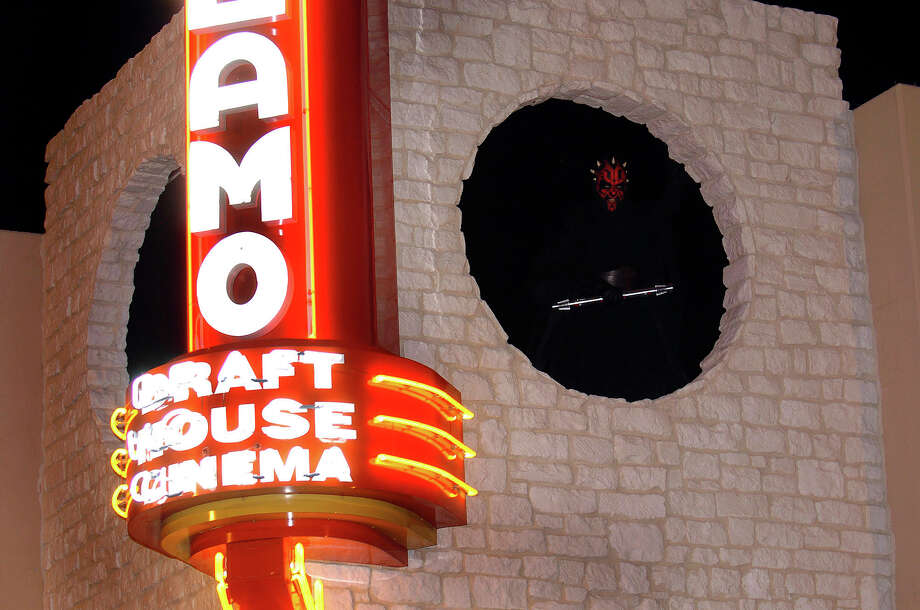 Alamo Drafthouse Photo: BILLY CALZADA, SAN ANTONIO EXPRESS-NEWS / SAN ANTONIO EXPRESS-NEWS