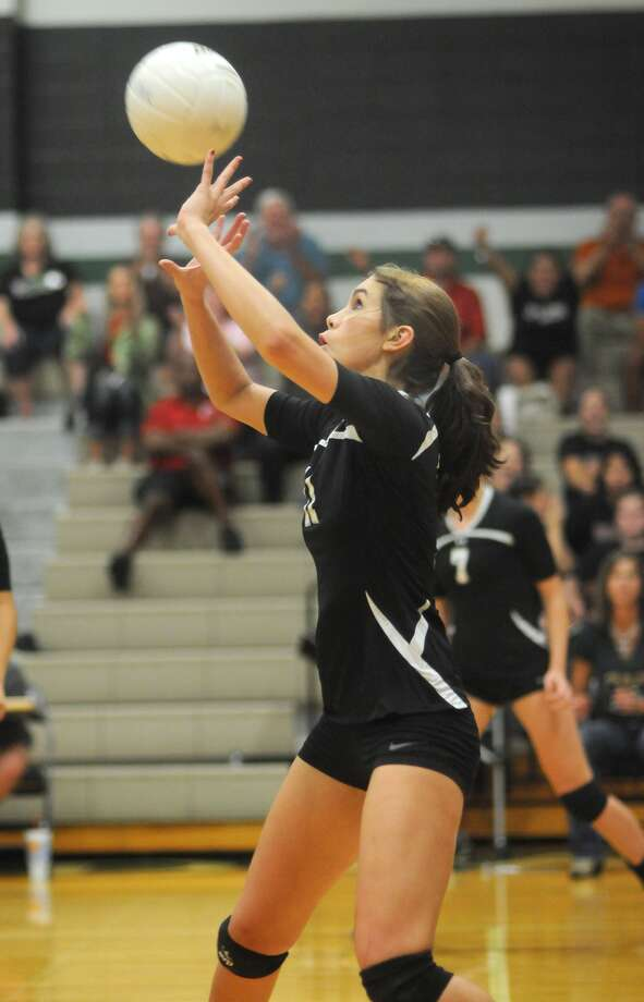 Kingwood Park's Meredith Hadley leads the Panthers in blocks. Photo: Jerry Baker, Freelance
