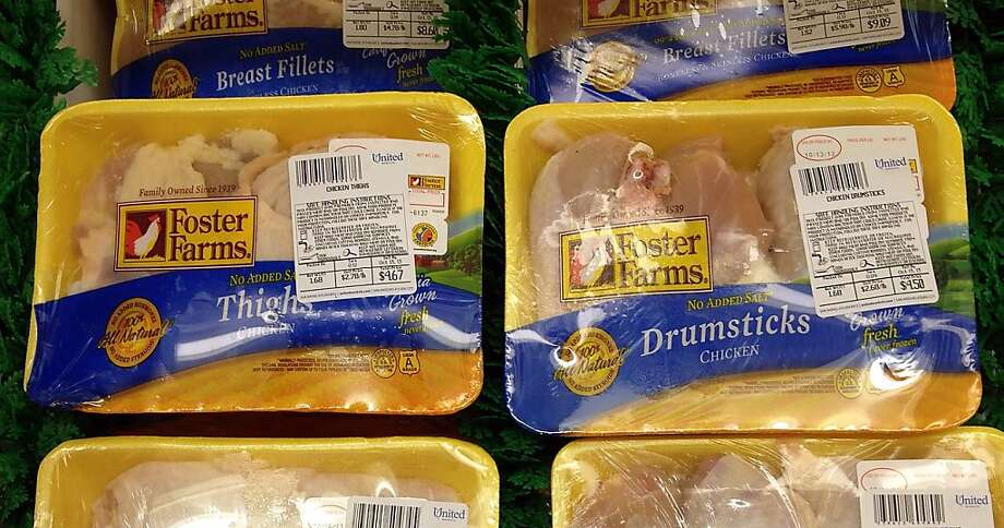 ackages of Foster Farms chicken are for sale in a cooler at a grocery store on October 9, 2013 in San Anselmo, California. The U.S. Department of Agriculture is  threatening to shutter three Foster Farms chicken processing plants in California after nearly 300 people in 17 states have become sick due to an outbreak of salmonella. Photo: Justin Sullivan, Getty Images