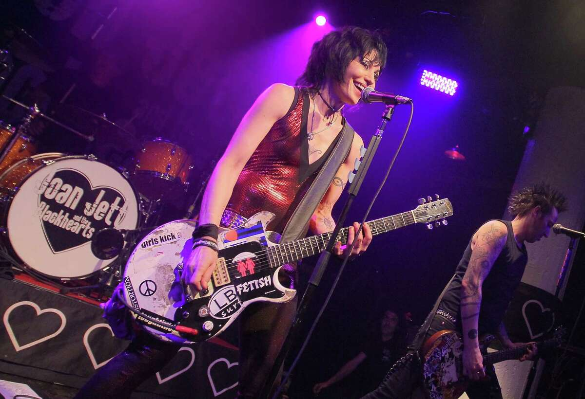 In a cease and desist letter to the president and CEO of SeaWorld in Florida, Joan Jett wrote,