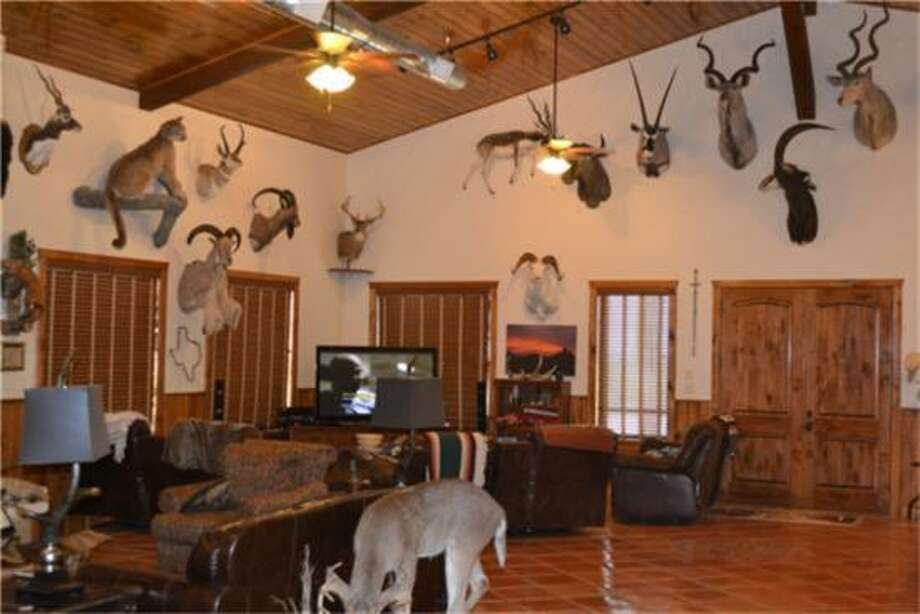 The Rock Canyon Ranch is located on 13,200 acres near Del Rio in southwest Texas. Photo: Tejas Properties, HAR.com