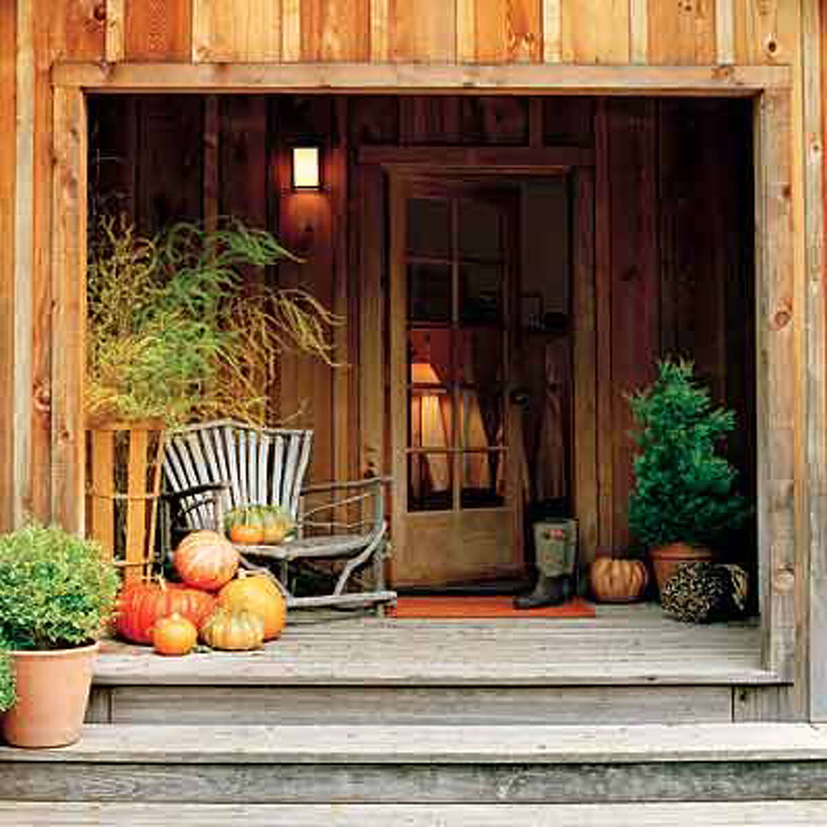 3. Decorate with pumpkins Nothing says Thanksgiving like pumpkins! This is a quick and easy way to get in the holiday spirit.
