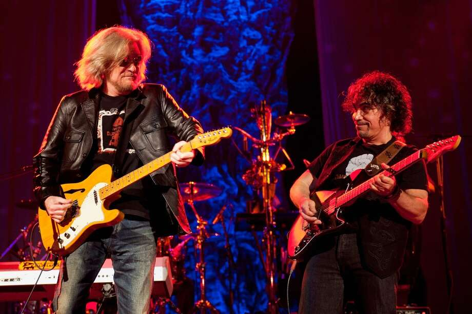 FROM LEFT: Daryl Hall and John Oates of Hall & Oates perform at the Ryman Auditorium on June 2, 2013 in Nashville, Tennessee.  (Photo by Erika Goldring/Getty Images) Photo: Erika Goldring, Getty Images