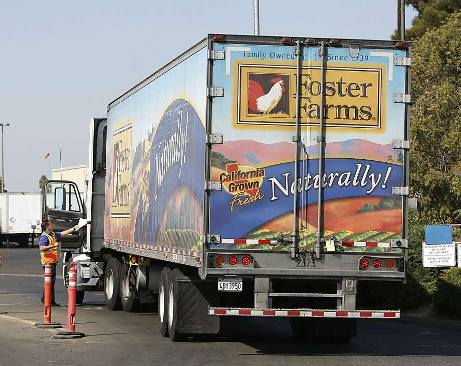 A truck enters the Foster Farms processing plant in Livingston, which has been linked to a salmonella outbreak. Photo: Rich Pedroncelli, Associated Press