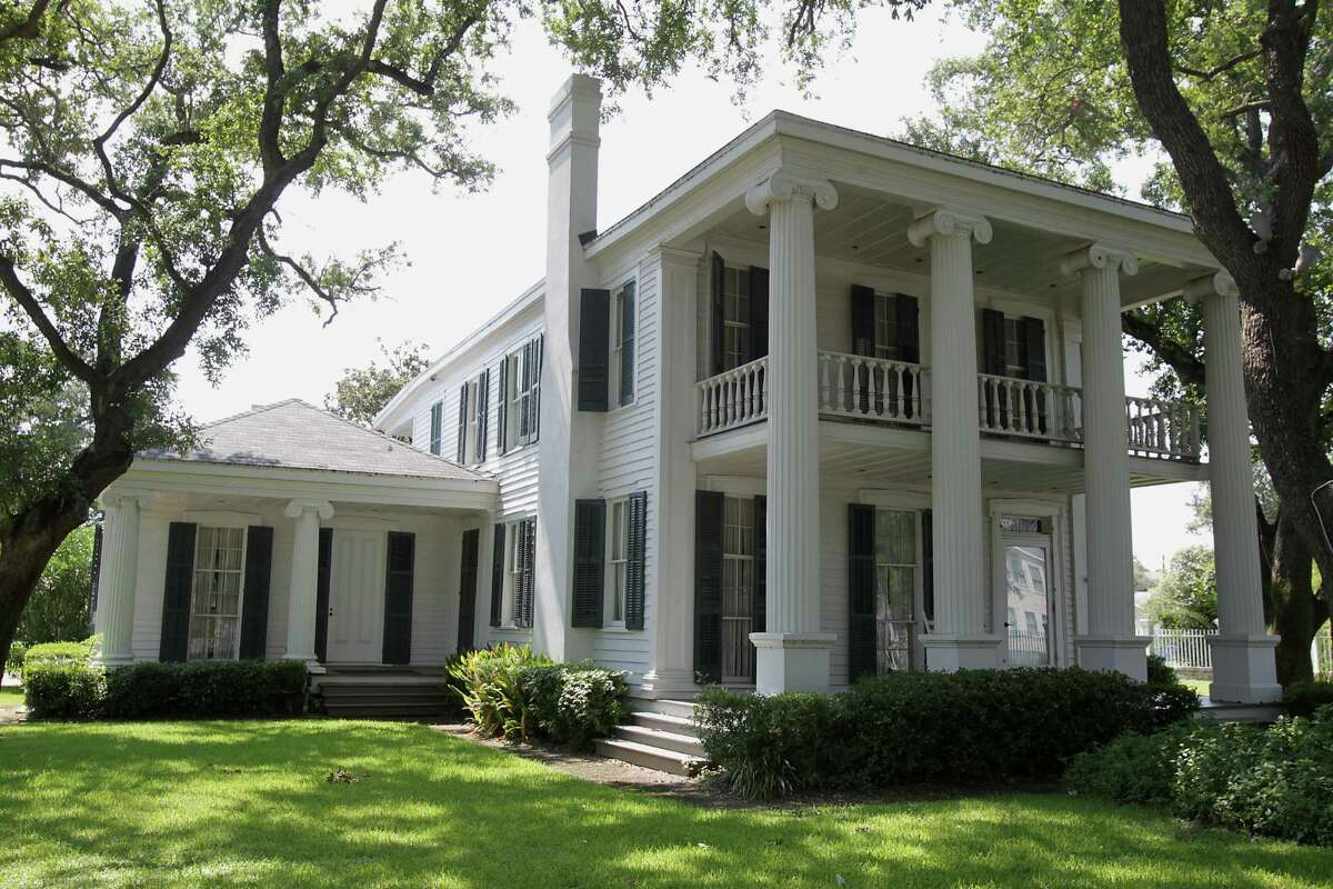 The 1838 Michel B. Menard House where ghosts have supposedly been seen Galveston. ( James Nielsen / Houston Chronicle )
