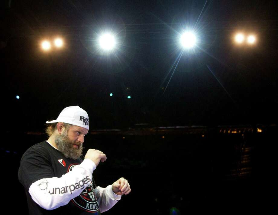 Roy Nelson warms up during an open workout for UFC 166 at the House of Blues Wednesday, Oct. 16, 2013, in Houston. The fights are scheduled for Saturday night at Toyota Center. Photo: Brett Coomer, Houston Chronicle / © 2013 Houston Chronicle