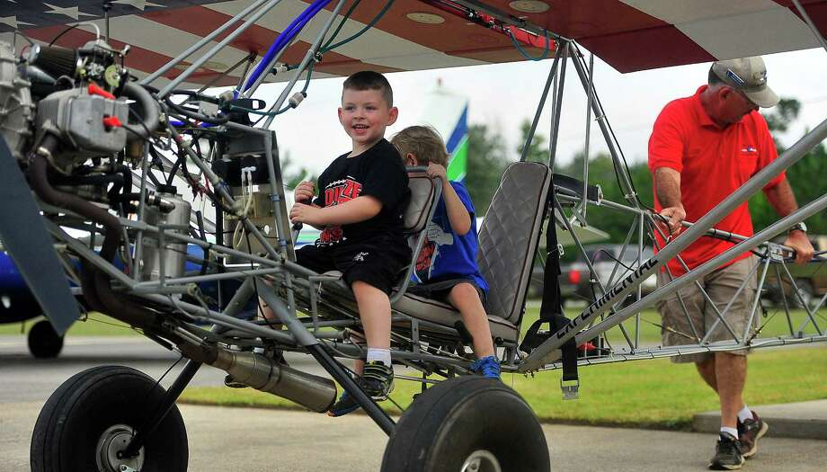 The Hardin County Airport at Hawthorne Field hosted an Airport Appreciation Day on Oct. 12. The event was hosted by the Southeast Texas Flyers EAA CHapter 1515. There was a display of homebuilt airplanes, a spot landing demonstration and flour sack bombing. Photo by Cassie Smith.