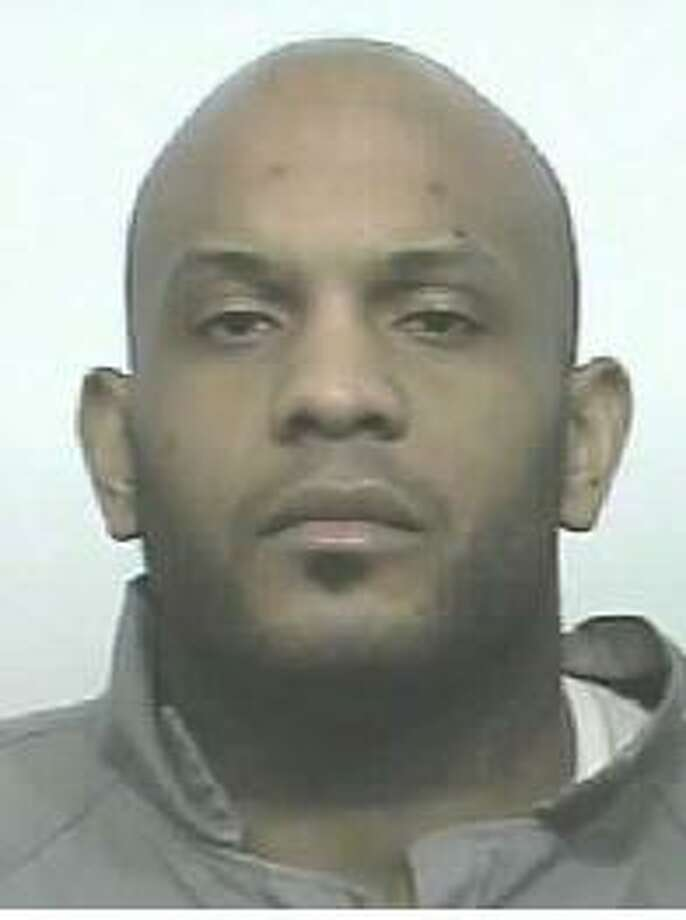 Raymond Heath, a 36-year-old Florida man, was previously convicted of assault in King County. A warrant for his arrest was issued April 26, 2011. Anyone with information can contact the Department of Corrections at 866-359-1939 or by visiting doc.wa.gov. Photo: Department Of Corrections Photos