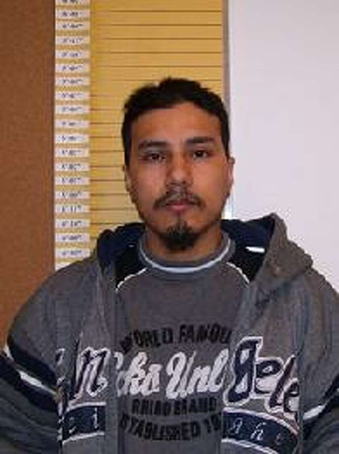 Julio Cesar Grimaldo, a 39-year-old California man also known as Julio Alonso and Mat Cesar Leonard, was previously convicted of manslaughter in Yakima County. Anyone with information can contact the Department of Corrections at 866-359-1939 or by visiting doc.wa.gov. Photo: Department Of Corrections Photos