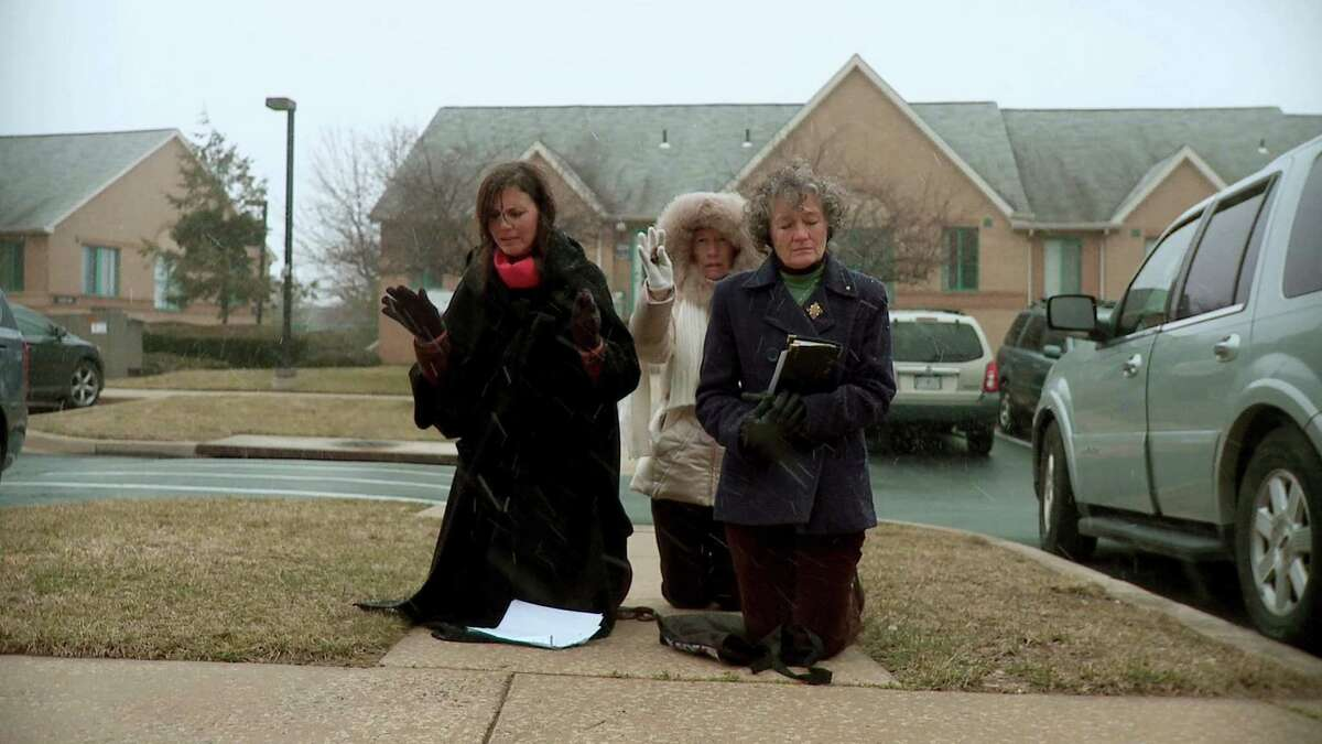 """Anti Abortion protestors in a scene from Martha Shane and Lana Wilson's """"After Tiller,"""" a documentary about the last four doctors in the U.S. who provide third-trimester abortions."""