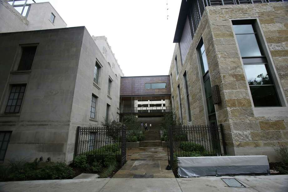 The Briscoe Western Art Museum consists of two buildings connected literally and metaphorically by bridges. Photo: Helen L. Montoya, San Antonio Express-News