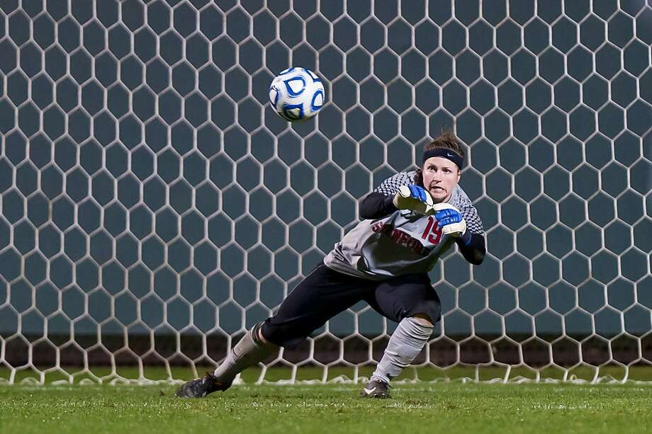 STANFORD, CA - NOVEMBER 18: Emily Oliver makes a save as Stanford defeats South Carolina 2-0 in the second round of the NCAA women's soccer tournament in Stanford, California Photo: Jim Shorin, Stanford Athletics