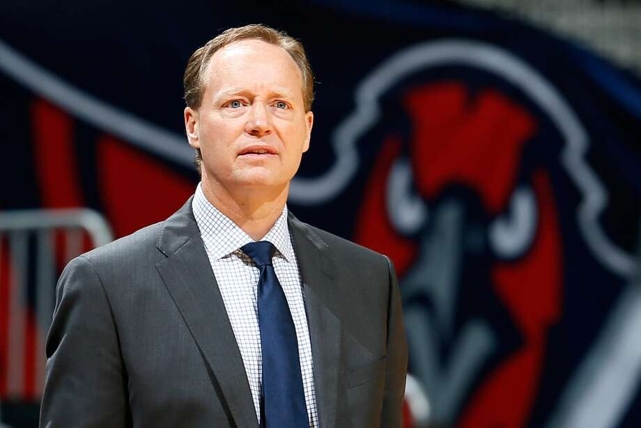 Mike Budenholzer of the Atlanta Hawks looks on against the San Antonio Spurs at Philips Arena on October 17, 2013 in Atlanta, Georgia. Photo: Kevin C. Cox, Getty Images